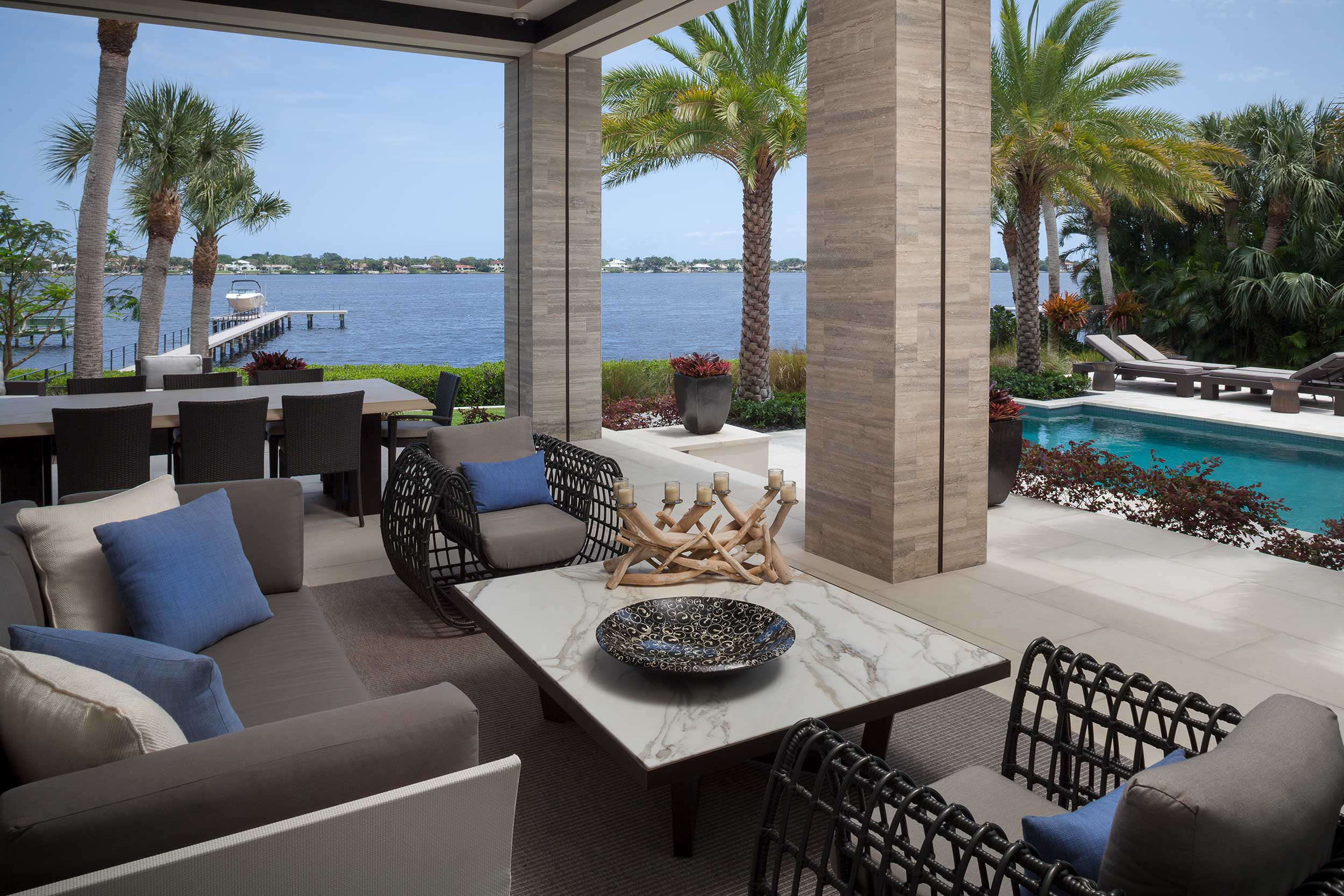 Outdoor living space Old Palm Golf Club