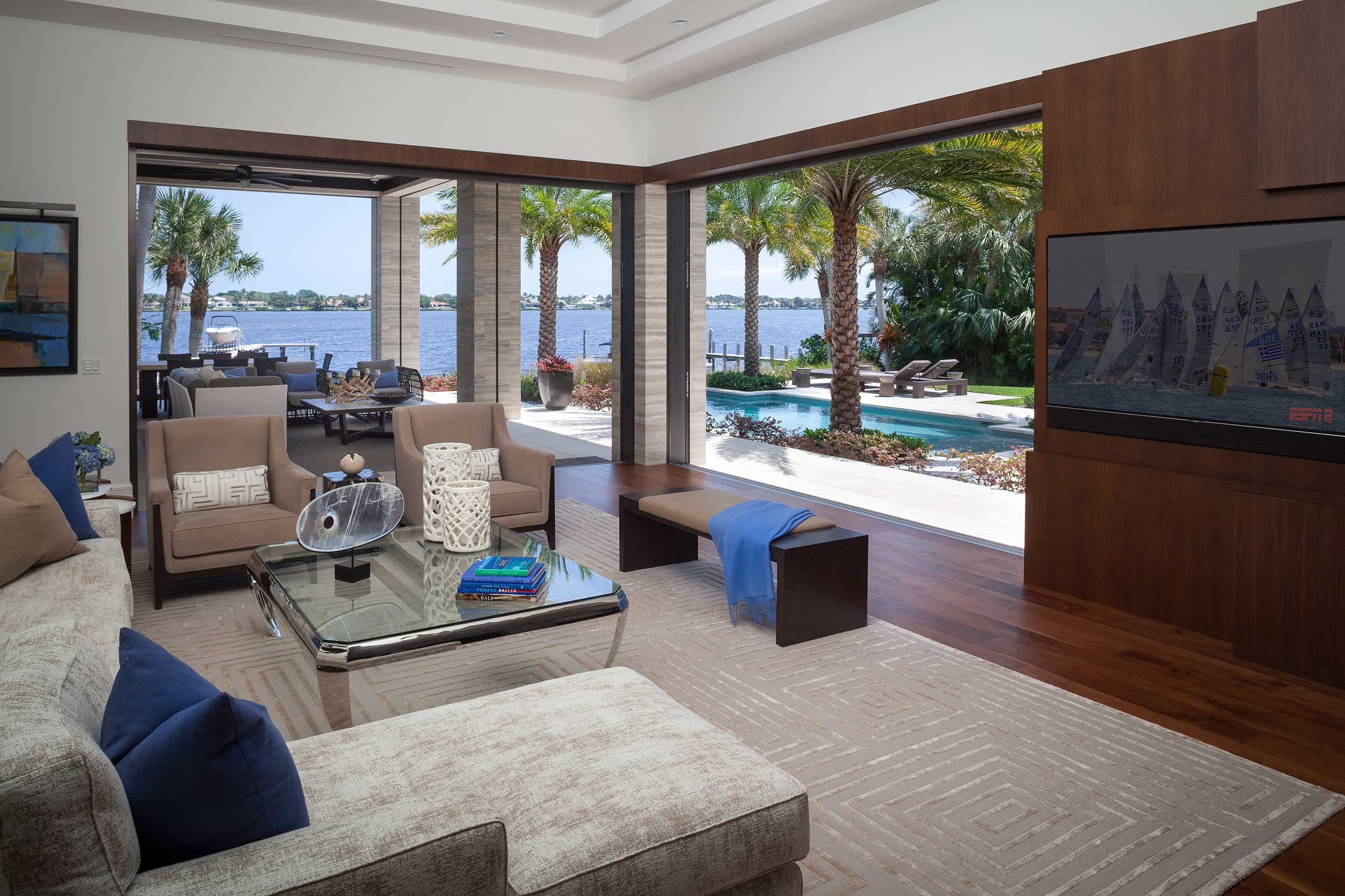 indoor/outdoor living space at Old Palm Golf Club