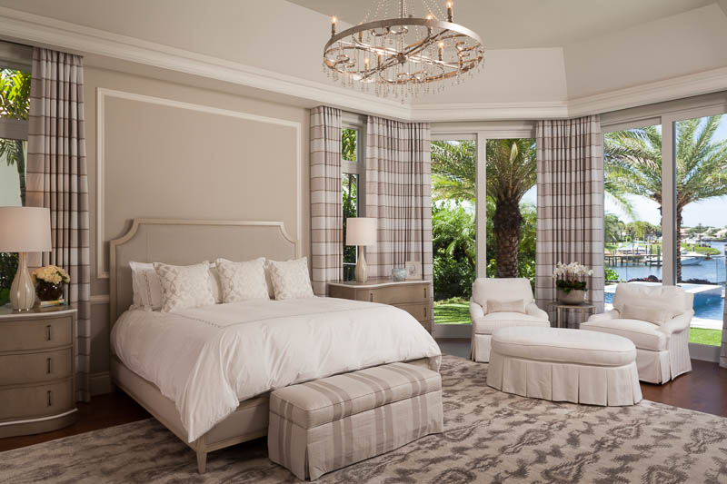 LLuxurious bedroom in Elegant Design at Old Palm Golf Club
