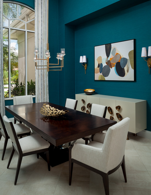 Teal blue dining room at Admiral's Cove