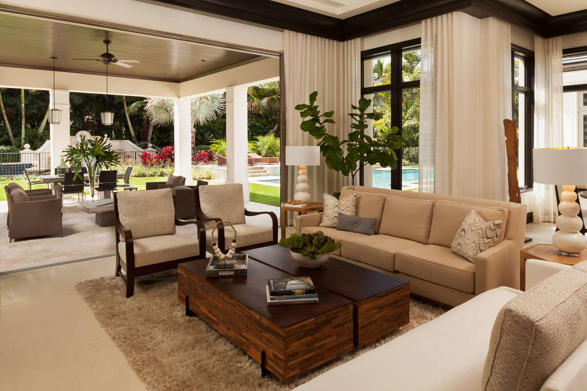 Indoor/outdoor living space in Elegant Residential Project, Old Palm Golf Club
